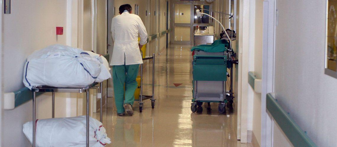 foto corsia-ospedale-1